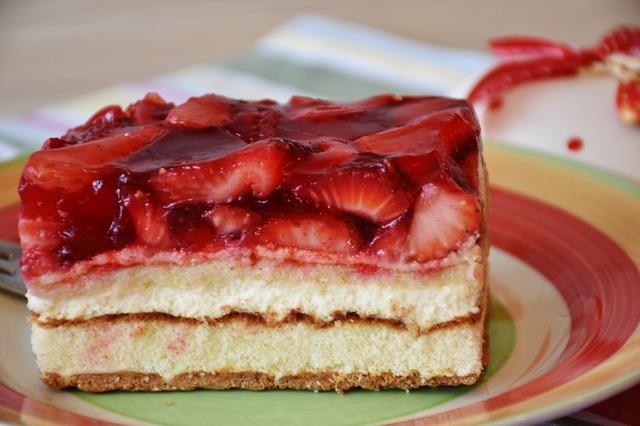 strawberries-3285333_1280.jpg